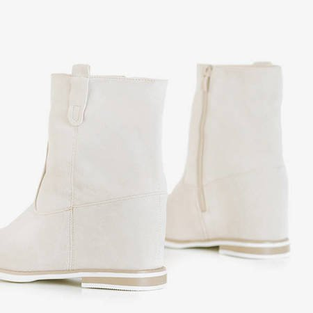 Beige boots a'la cowboy boots on an indoor wedge Teilor - Shoes
