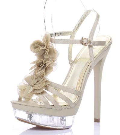 Beige sandals on a stiletto heel Benitana - Footwear