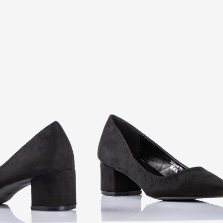 Black pumps on a low post Royale - Footwear