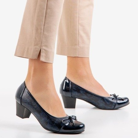 Ladies' navy blue pumps on a low post Ruella - Footwear