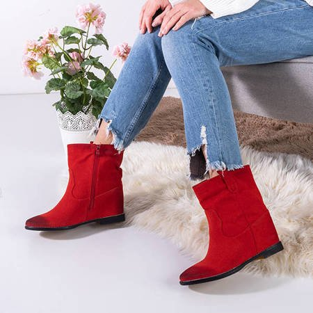 Red boots a'la cowboy boots on an indoor wedge Teilor - Shoes