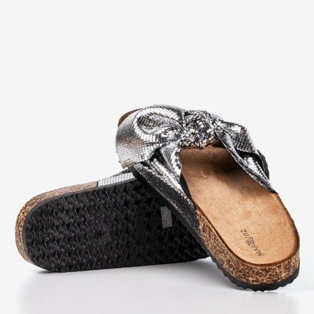 Women's silver slippers with a bow Isydora - Footwear